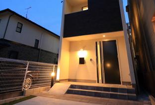 西区上名古屋の家